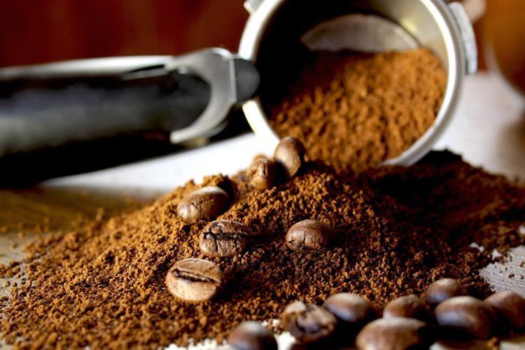 I fondi di caffè e i suoi tanti usi: qualche consiglio utile